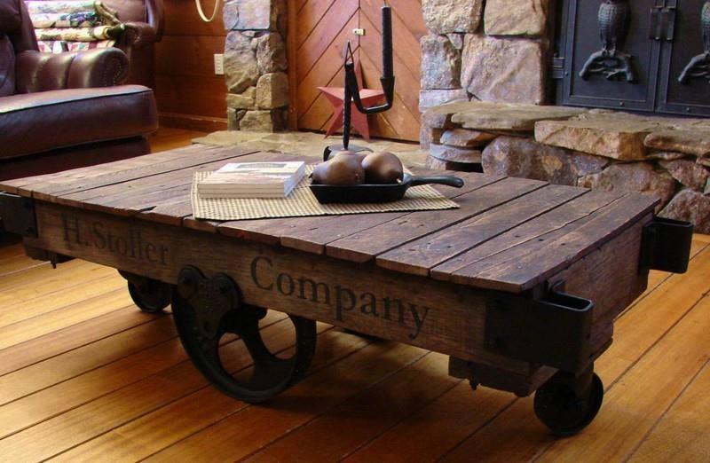 Table basse en bois de palettes - Astucesenligne.fr